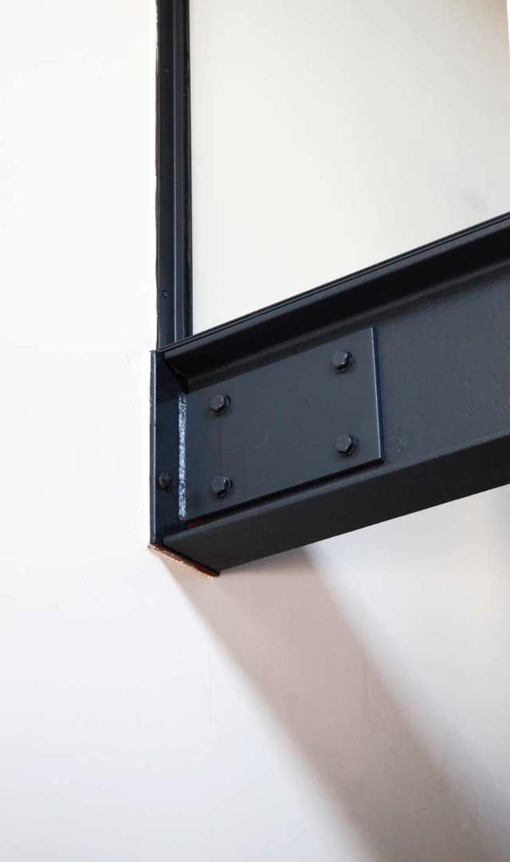 Loft in fabriekspand Industriële studeerkamer van Tijmen Bos Architecten Industrieel IJzer / Staal