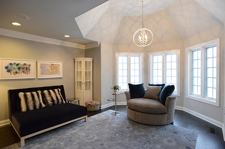 Classic style bedroom by Mel McDaniel Design Classic