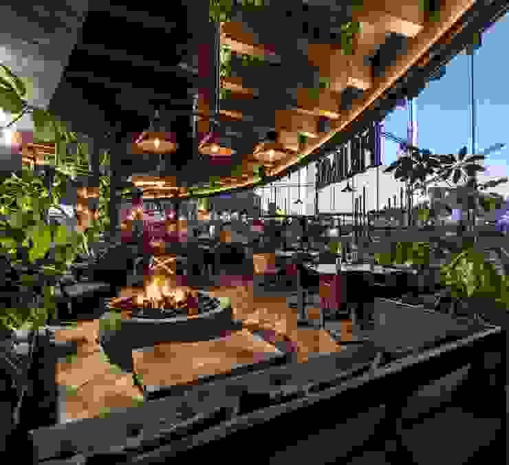 Sonora Grill Prime Monterrey Bares y clubs de estilo moderno de PASQUINEL Studio Moderno