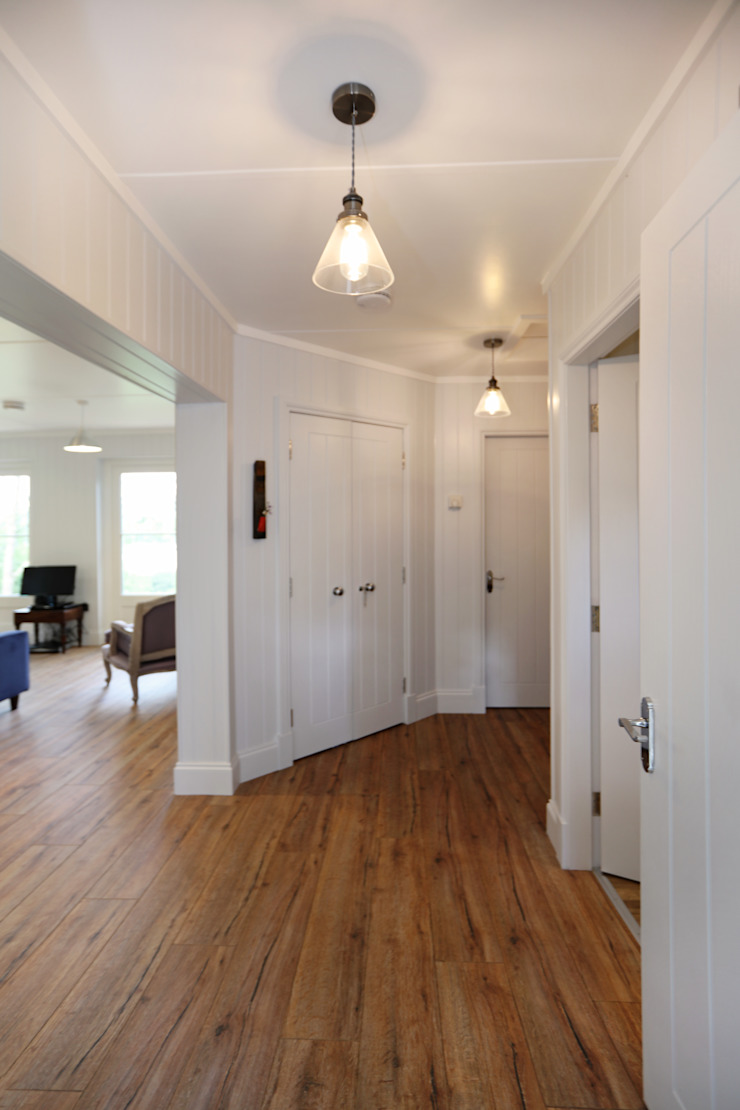 Two Bedroom Bespoke Wee House Country style corridor, hallway& stairs by The Wee House Company Country