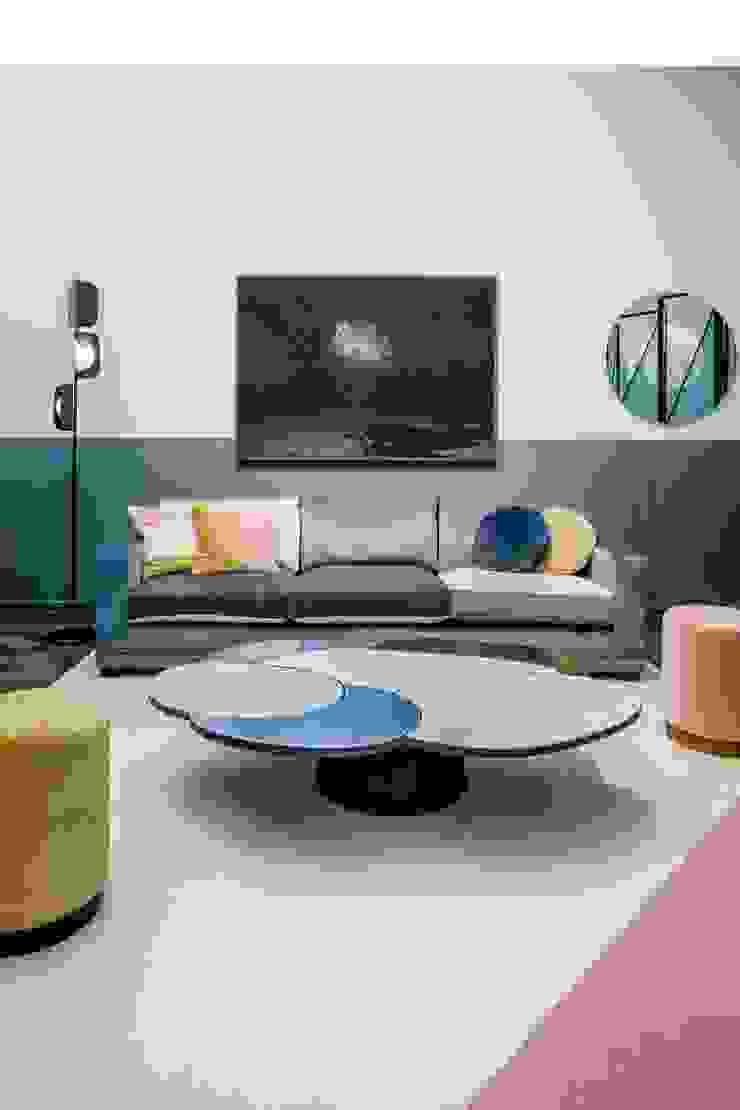 Residence VII—Framework Studio Project M.M. Lampadari Modern living room