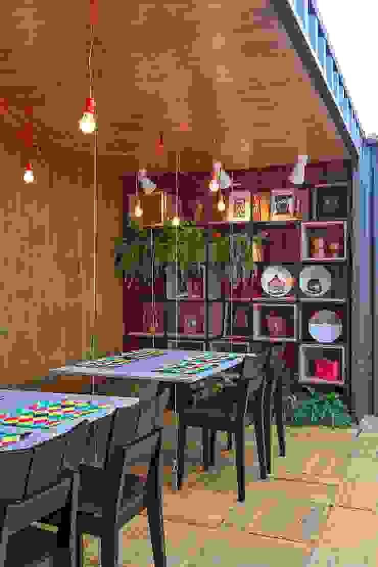 Modern gastronomy by MEIUS ARQUITETURA Modern Wood Wood effect
