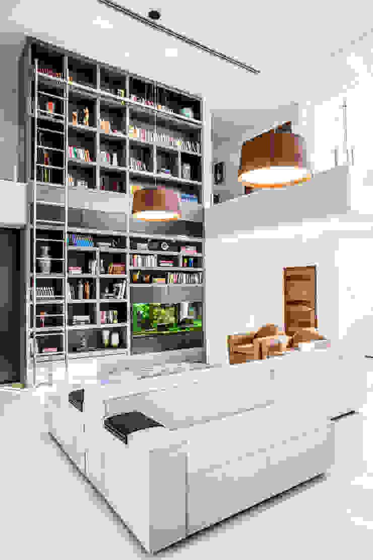 Camila Castilho - Arquitetura e Interiores Ruang Keluarga Modern