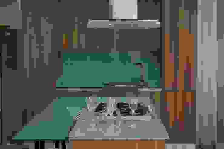 Cocina modular importada (MITON) de Decoglass Center Moderno Derivados de madera Transparente