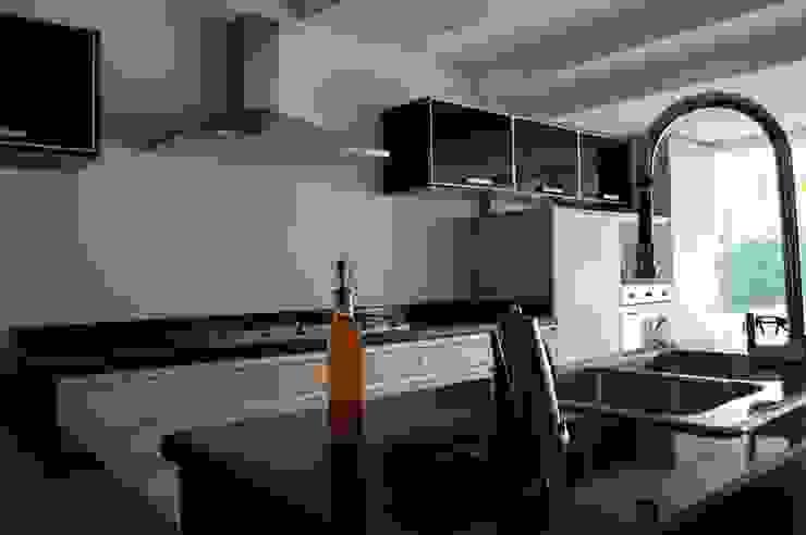Cocina modular (OULIN) de Decoglass Center Moderno Derivados de madera Transparente