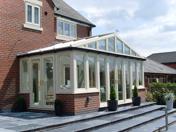 Conservatories In Derbyshire Modern style conservatory by Broadoake M1 Modern Plastic