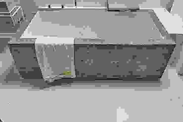 Modern bathroom by Opera s.r.l. Modern