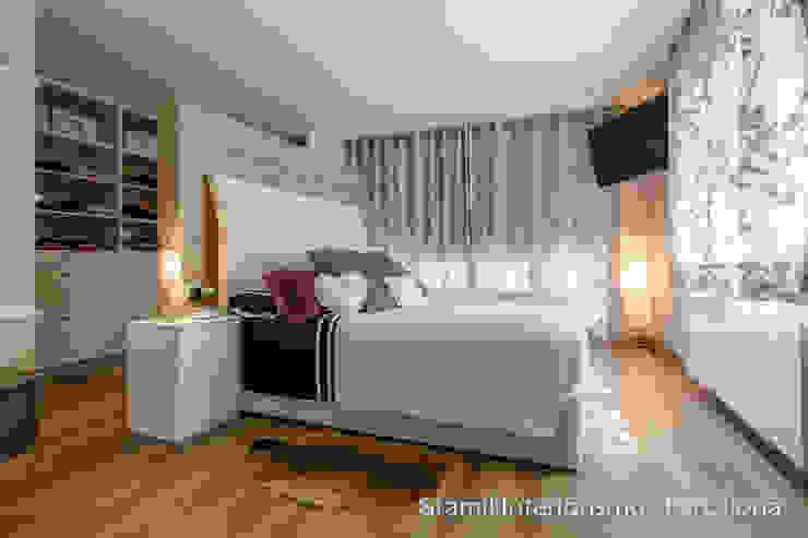 Modern style bedroom by Gramil Interiorismo II - Decoradores y diseñadores de interiores Modern