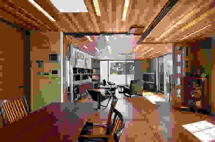 Phòng ăn phong cách hiện đại bởi Architect Show Co.,Ltd Hiện đại