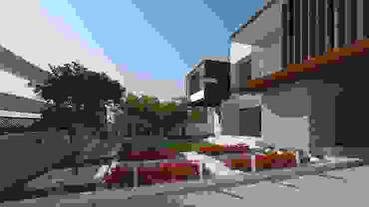 LANDSCAPE VIEW De Panache - Interior Architects Modern garden Stone Multicolored