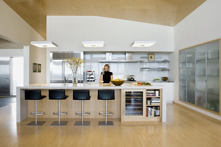 Modern kitchen ZeroEnergy Design Modern style kitchen White