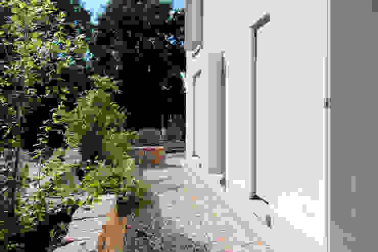Vorgarten ARCHITEKTEN BRÜNING REIN Moderner Garten