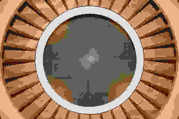 Holzgeländer ARCHITEKTEN BRÜNING REIN Moderner Flur, Diele & Treppenhaus