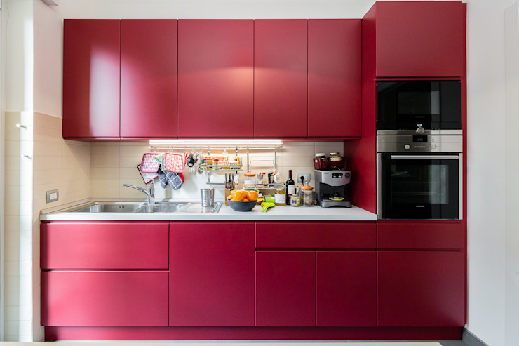 Modern kitchen by 23bassi studio di architettura Modern