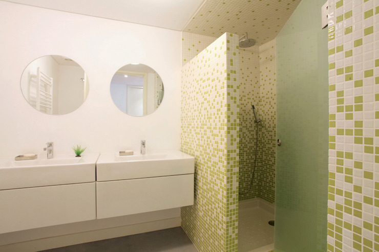 Bathroom by fernando piçarra fotografia , Modern