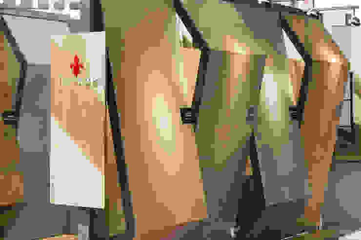 Stand Boboli - Local 10 Arquitectura Estudios y despachos modernos de Local 10 Arquitectura Moderno Madera Acabado en madera