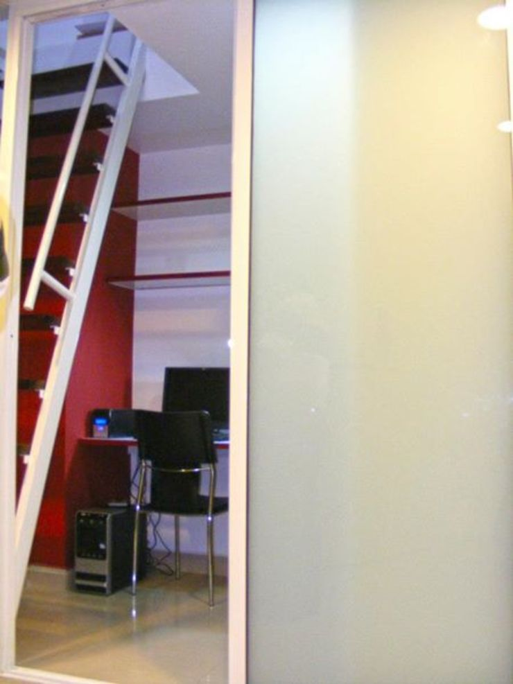 Oficina de Loft estudio C.A. Minimalista