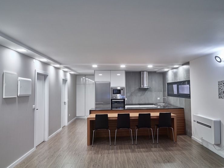 Casa modular ClickHouse Modern Dining Room