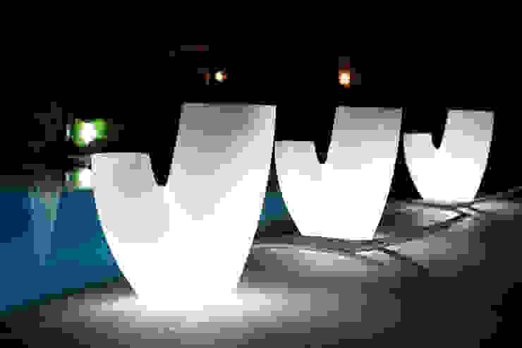 現代  by 21st-design, 現代風 塑膠