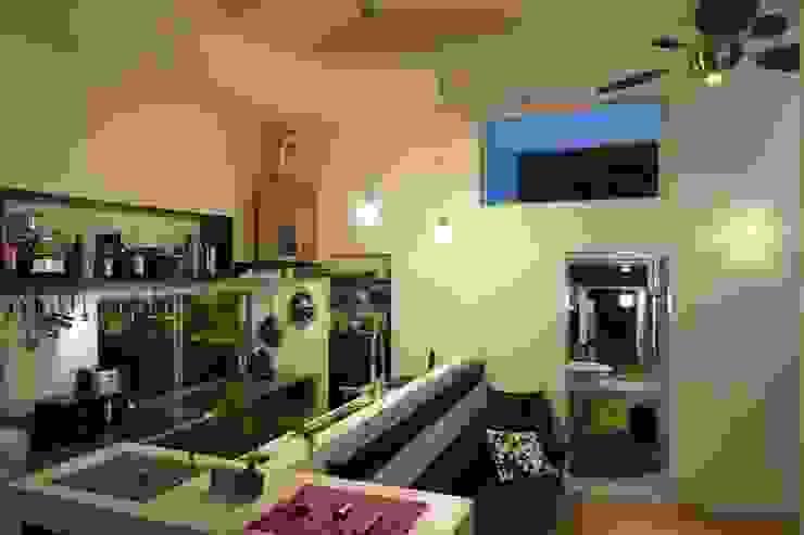 modern  door e.co room, Modern Gewapend beton