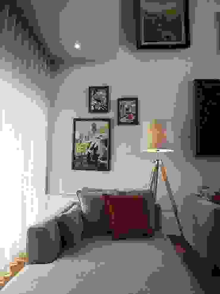 Sala de estar - Zona de leitura por Traço Magenta - Design de Interiores Moderno