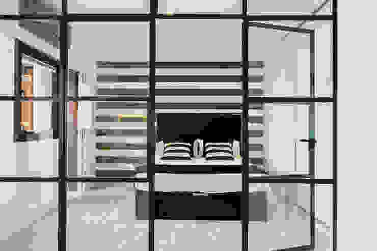Kamar Tidur Modern Oleh ISLABAU constructora Modern