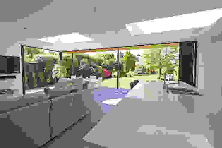 Seamless Indoor-Outdoor Living Modern Living Room by SunSeeker Doors Modern