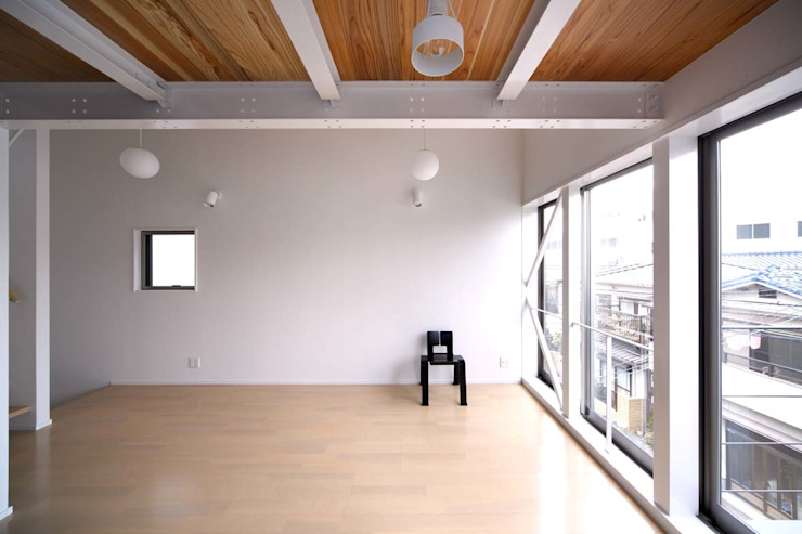 6th studio / 一級建築士事務所 スタジオロク Modern living room White