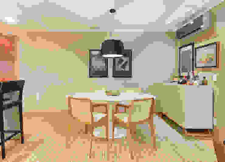 Comedores clásicos de CASA Arquitetura e design de interiores Clásico
