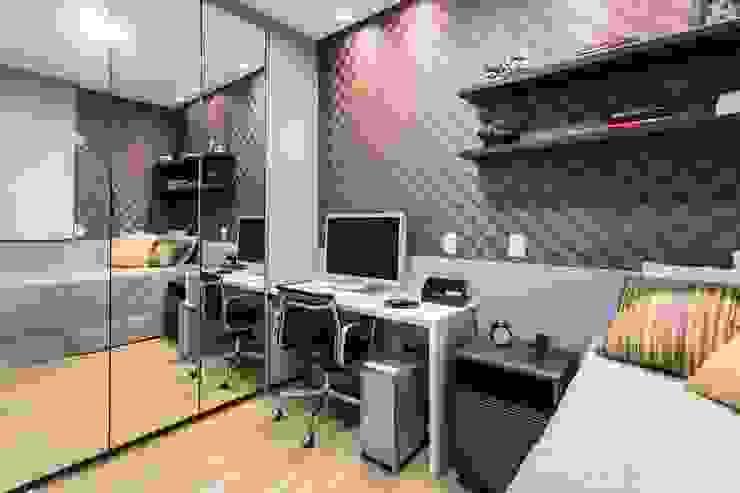 De imóvel padrão à lar dos sonhos de um jovem casal Quartos modernos por ROPE Engenharia Moderno