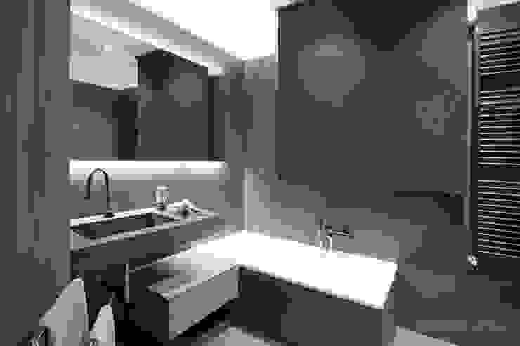 Banheiros  por Rachele Biancalani Studio