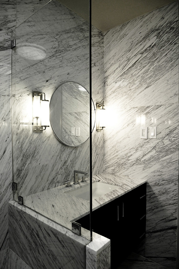 Mammoth Decor Bathroom Baños modernos de Erika Winters Design Moderno