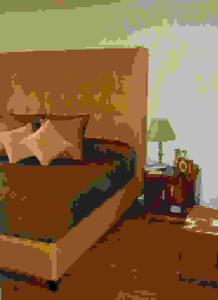 Taine Decor Dormitorios clásicos de Erika Winters Design Clásico