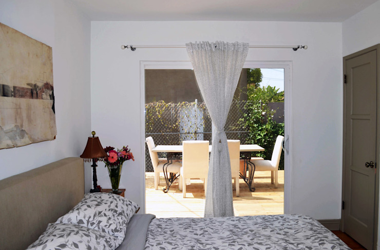 Dormitorios de estilo moderno de Erika Winters Design Moderno