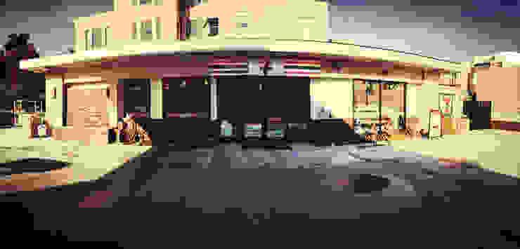 7 Eleven - 76 Gas Station San Francisco Casas modernas de Erika Winters Design Moderno