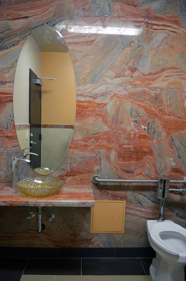 7 Eleven – 76 Gas Station San Francisco Baños modernos de Erika Winters Design Moderno