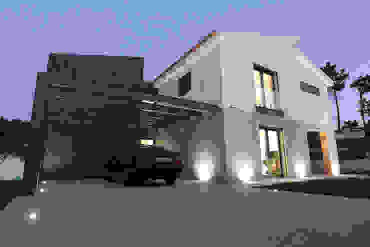Recuperação de Moradia no Bom Sucesso por SOUSA LOPES, arquitectos