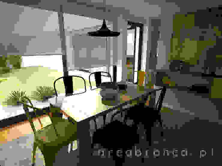 Sala de Estar Salas de jantar modernas por Areabranca Moderno