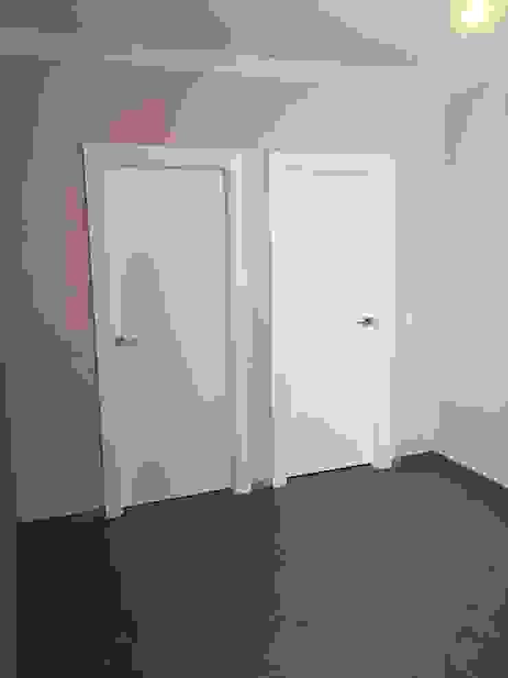 Puertas Madegar Окна и двери в стиле модерн