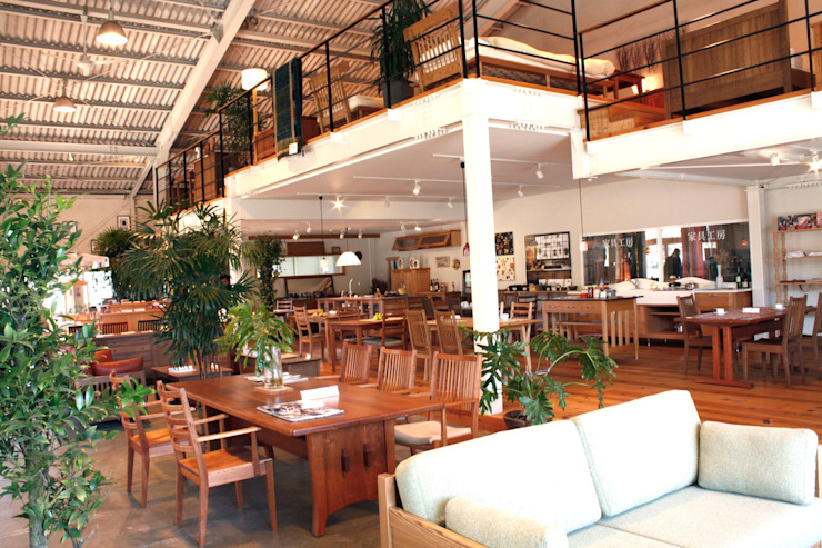 家具SHOP バーズ & 工房ボーボワ 辦公空間與店舖 木頭