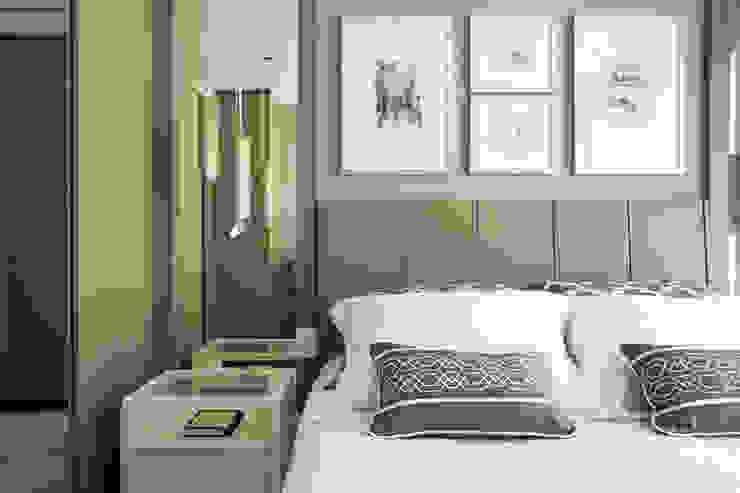 Quarto de casal sofisticado em tons de cinza por Liliana Zenaro Interiores Moderno