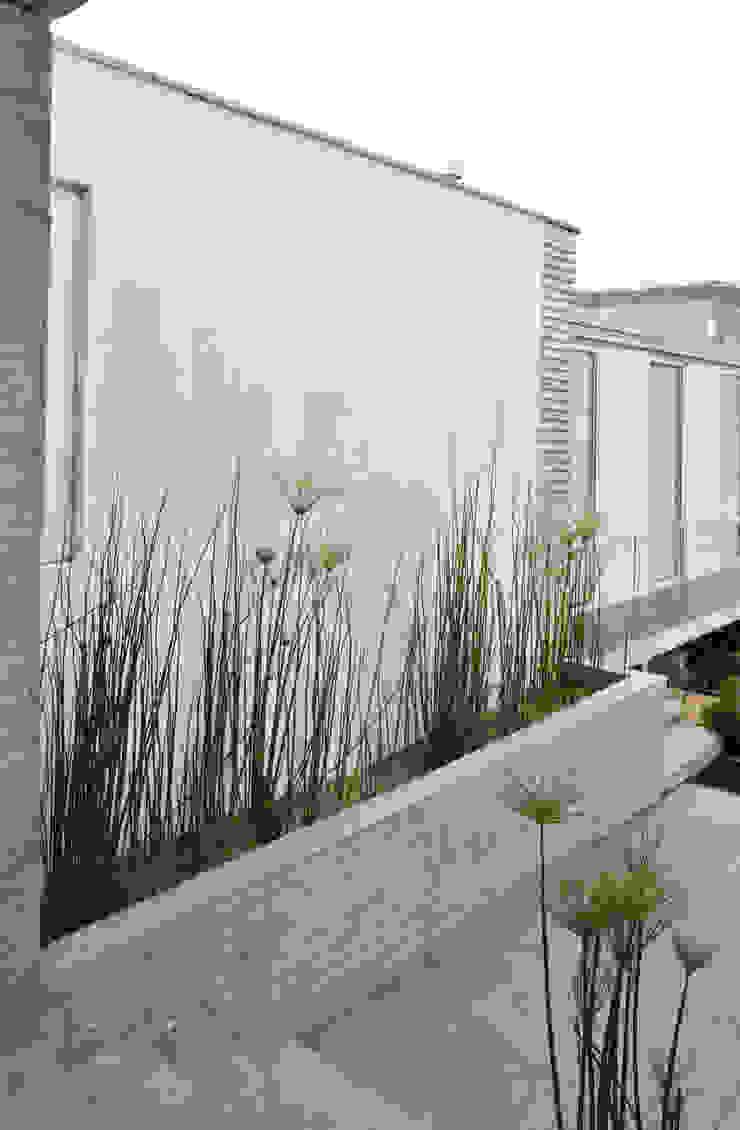 ESTUDIO BASE ARQUITECTOS Asian style garden