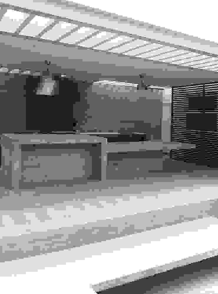 ESTUDIO BASE ARQUITECTOS Mediterranean style balcony, veranda & terrace Concrete