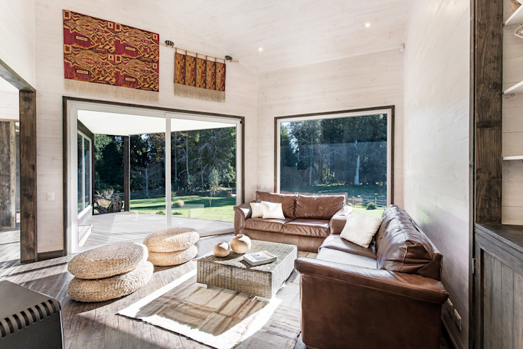 ESTUDIO BASE ARQUITECTOS Rustic style living room Wood