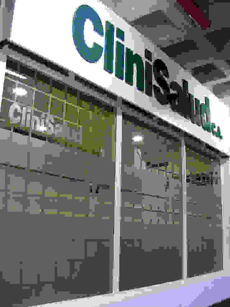Clínica odontológica de Loft estudio C.A. Moderno