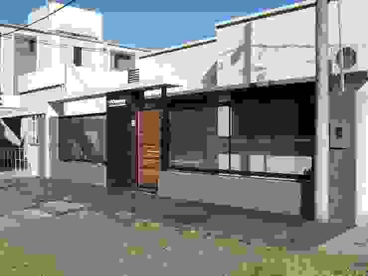 OFICINA DE ARQUITECTURA Salones de eventos de estilo moderno de D'ODORICO arquitectura Moderno