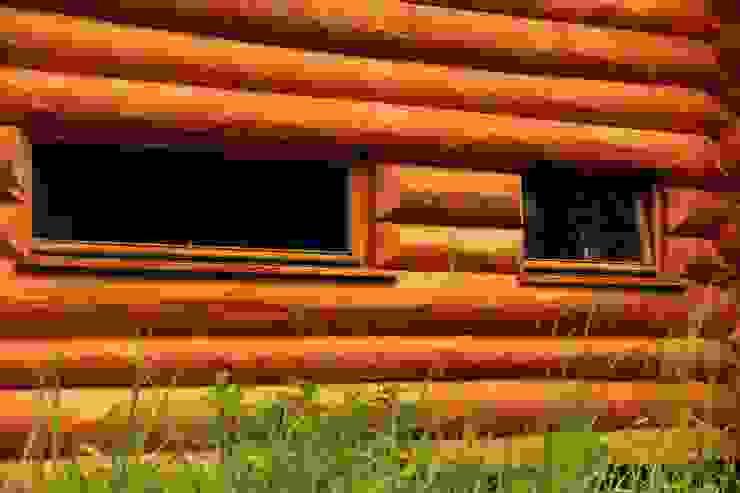 Organica Design & Build Casas de estilo rústico Madera Marrón