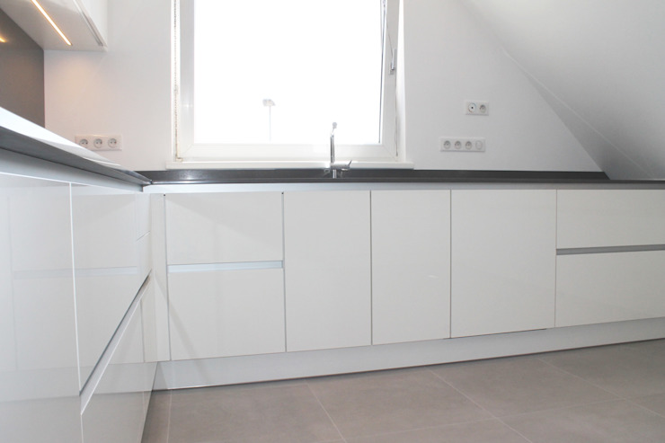 meuble sans poignée Cuisine moderne par Agence ADI-HOME Moderne Bois composite