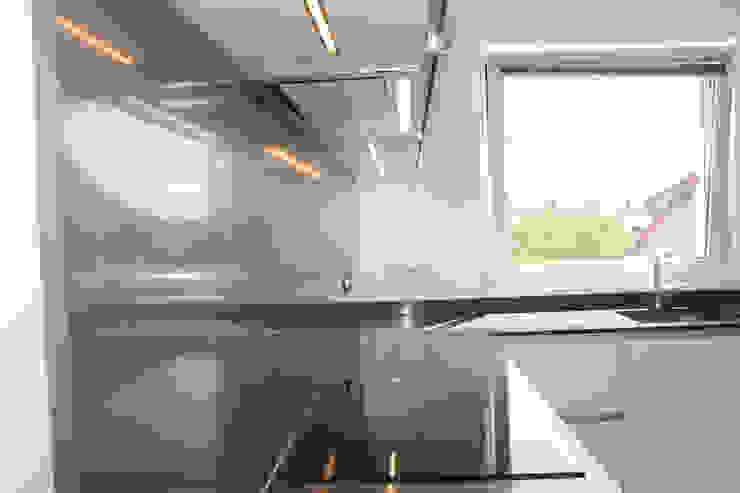 crédence Cuisine moderne par Agence ADI-HOME Moderne Quartz