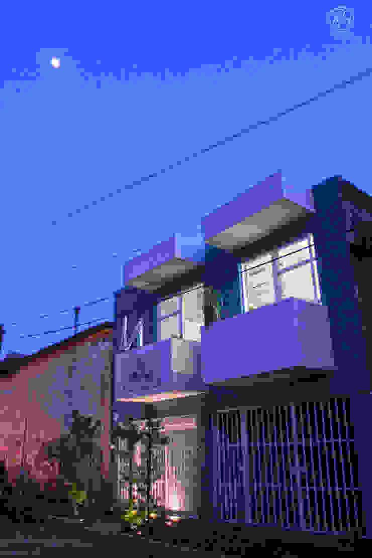 Alfagrama estudio Casas de estilo moderno Azul